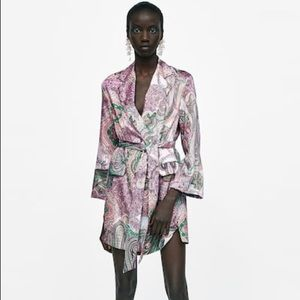 Zara belted blazer in paisley print sz Small NWT